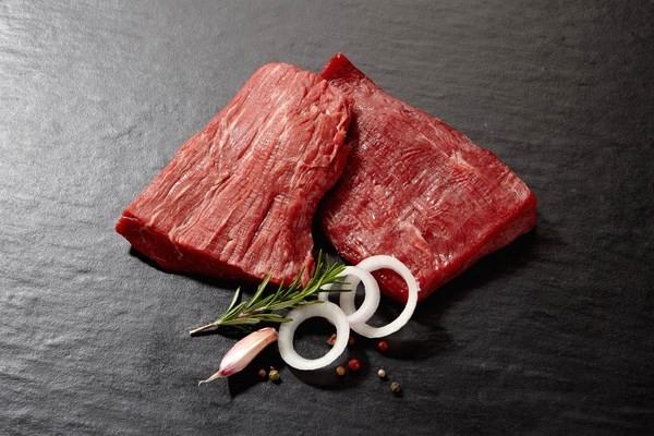 Steak supérieur (tranche, tranche grasse, dessus de palette)