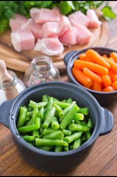 Recette de Sauté de veau aux légumes printaniers