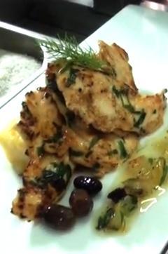 Recette de Blanc de poulet mariné au citron confit, à l'olive niçoise et à l'estragon
