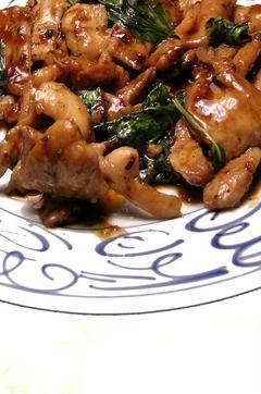 Recette de Emincé de poulet au basilic