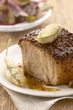 Recette de Palette de porc aux graines de moutarde et tempuras de feuilles de sauge