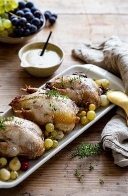 Recette de Perdreaux rôtis aux raisins, sauce au foie gras